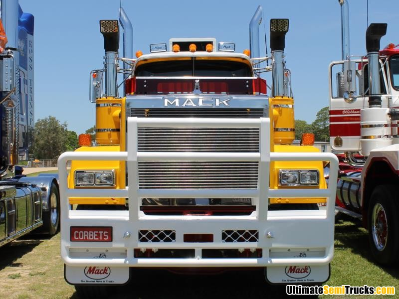Front On Corbets Mack Superliner